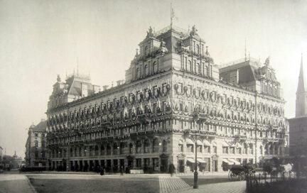 Luitpoldblock, 1888